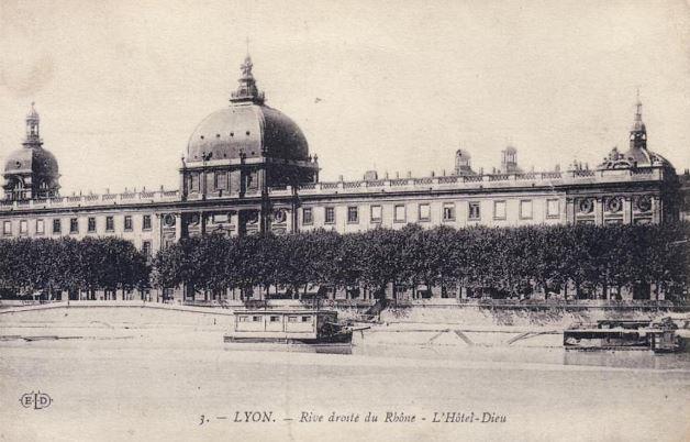 Hôtel Dieu carte postale